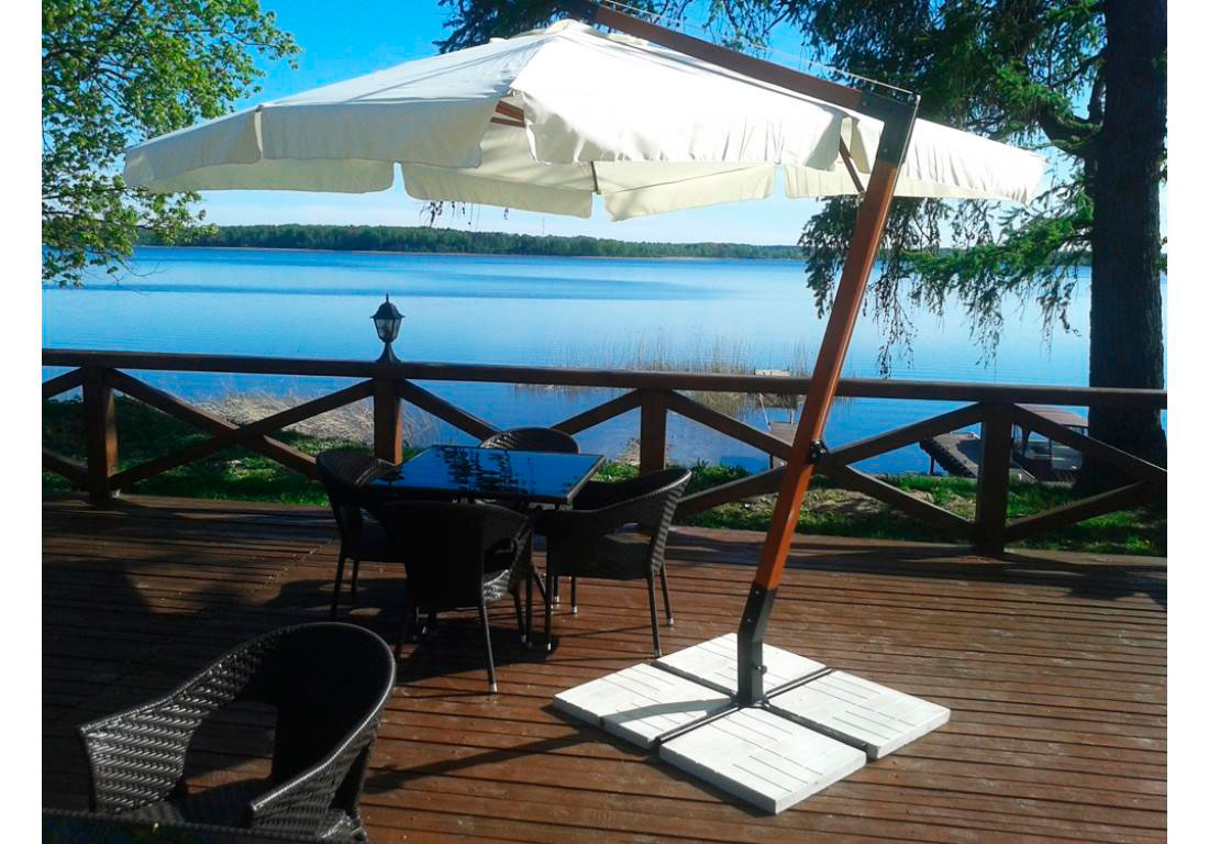 Кафе в резиденции «Княжий остров» на оз. Селигер