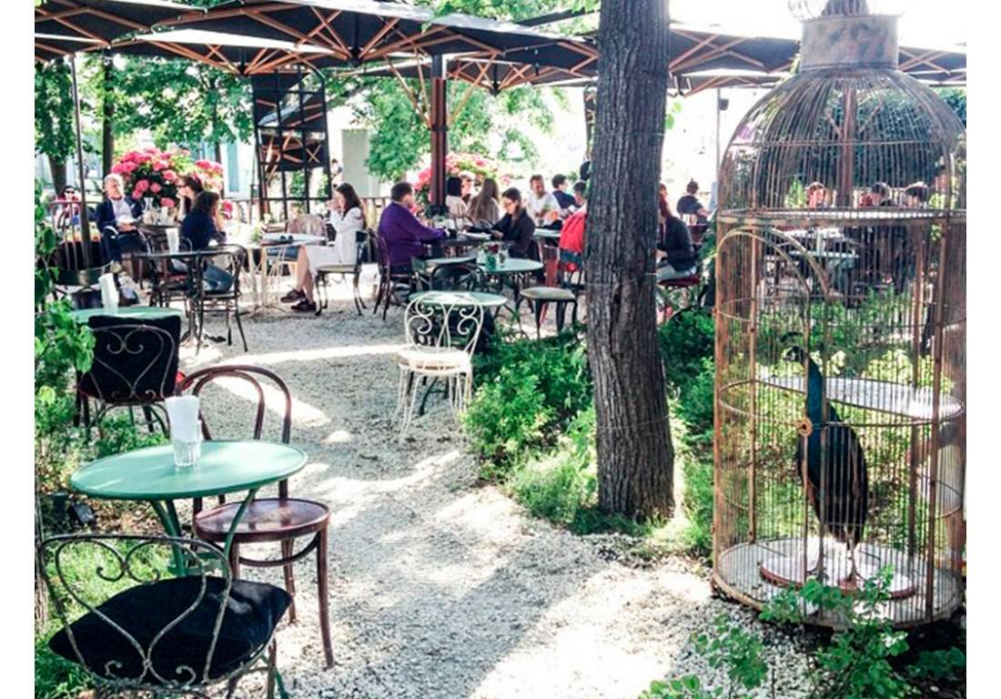 Ресторан-летняя веранда Garden of Oldich, Парк Горького, г. Москва