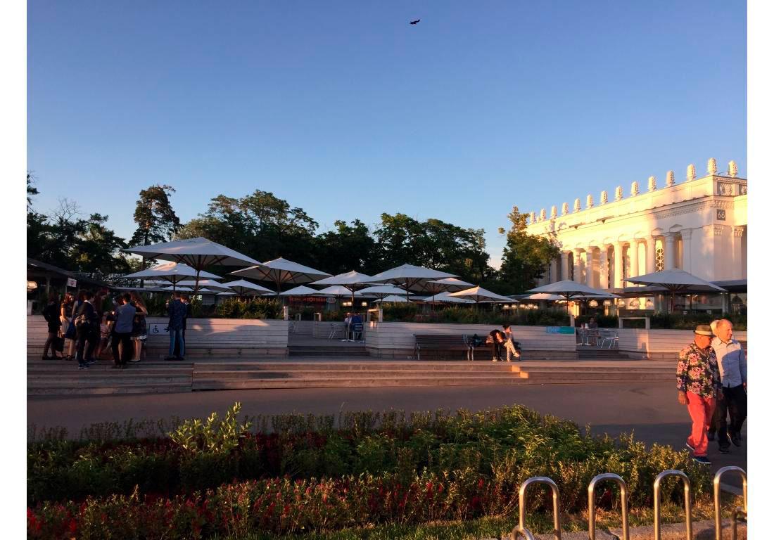 Ресторанный дворик ВВЦ, г. Москва