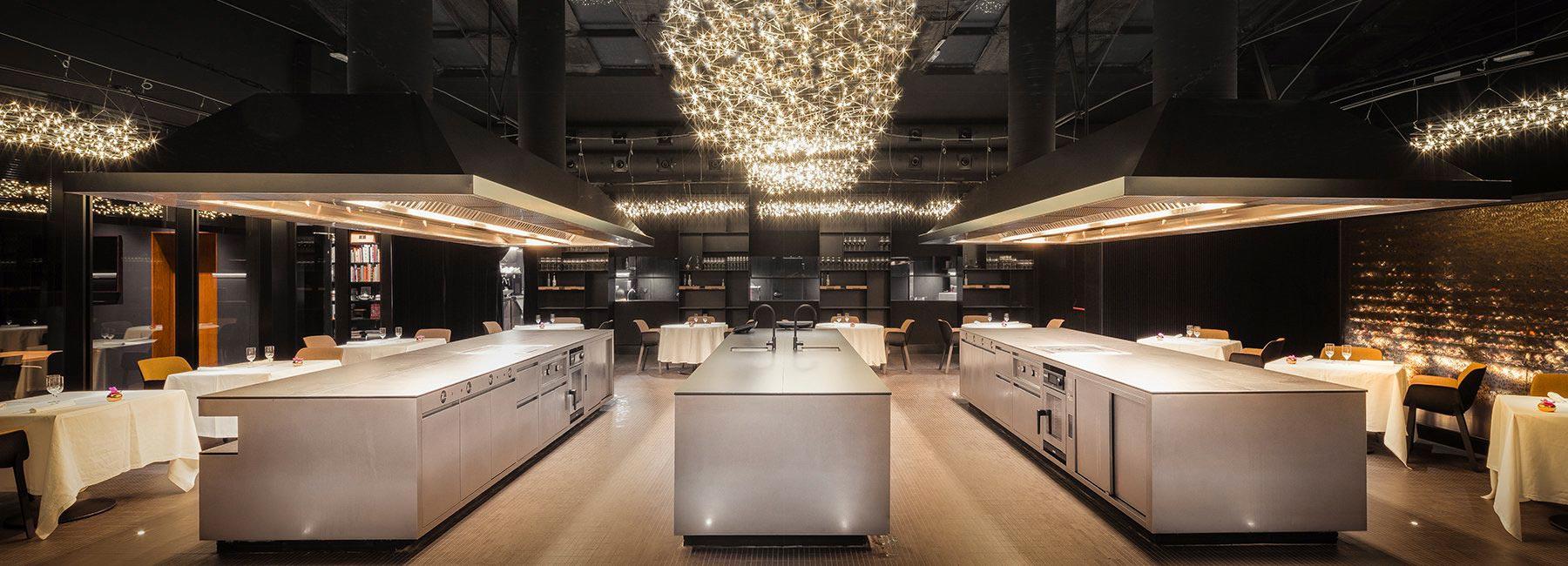 Ресторан с открытой кухней в Барселоне