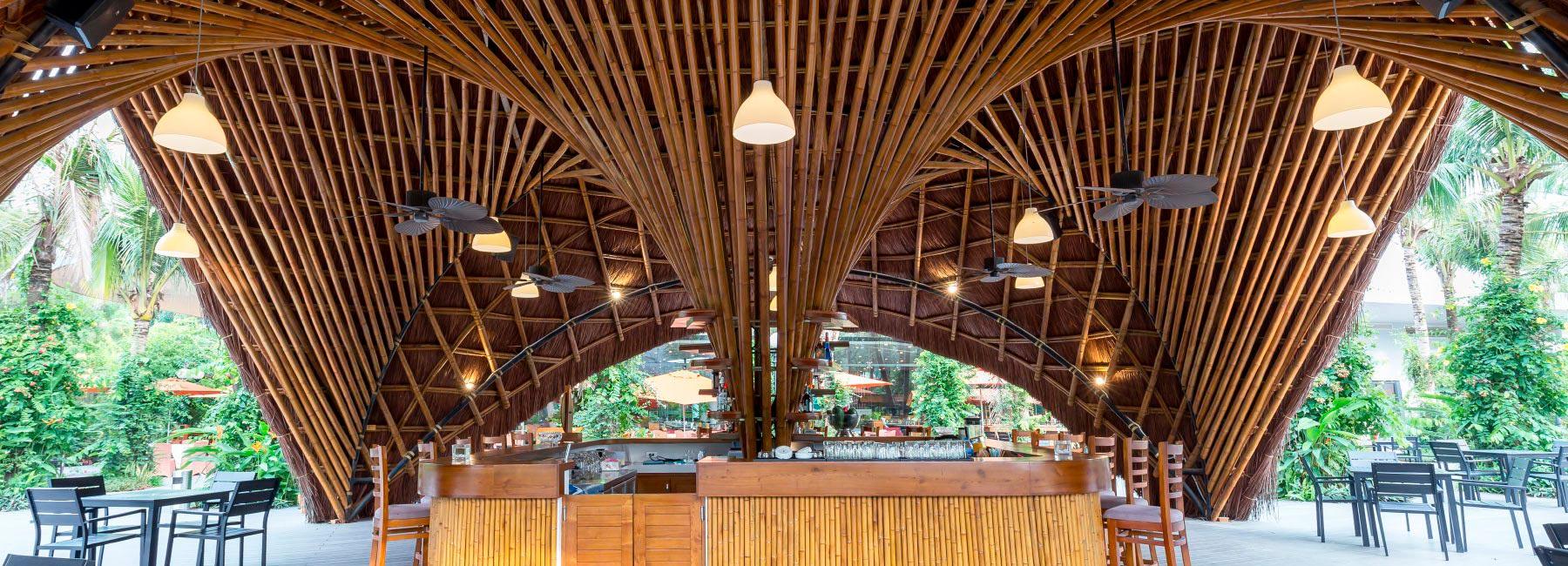 Bambubuild создали универсальный бамбуковый павильон, который можно повторно использовать и перемещать