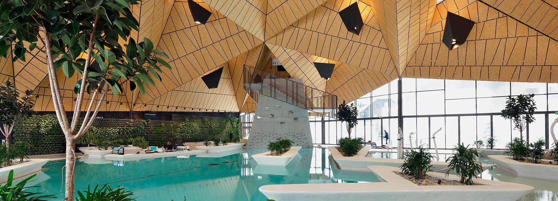 Термальный спа-центр в Словении с необычной скульптурной крышей